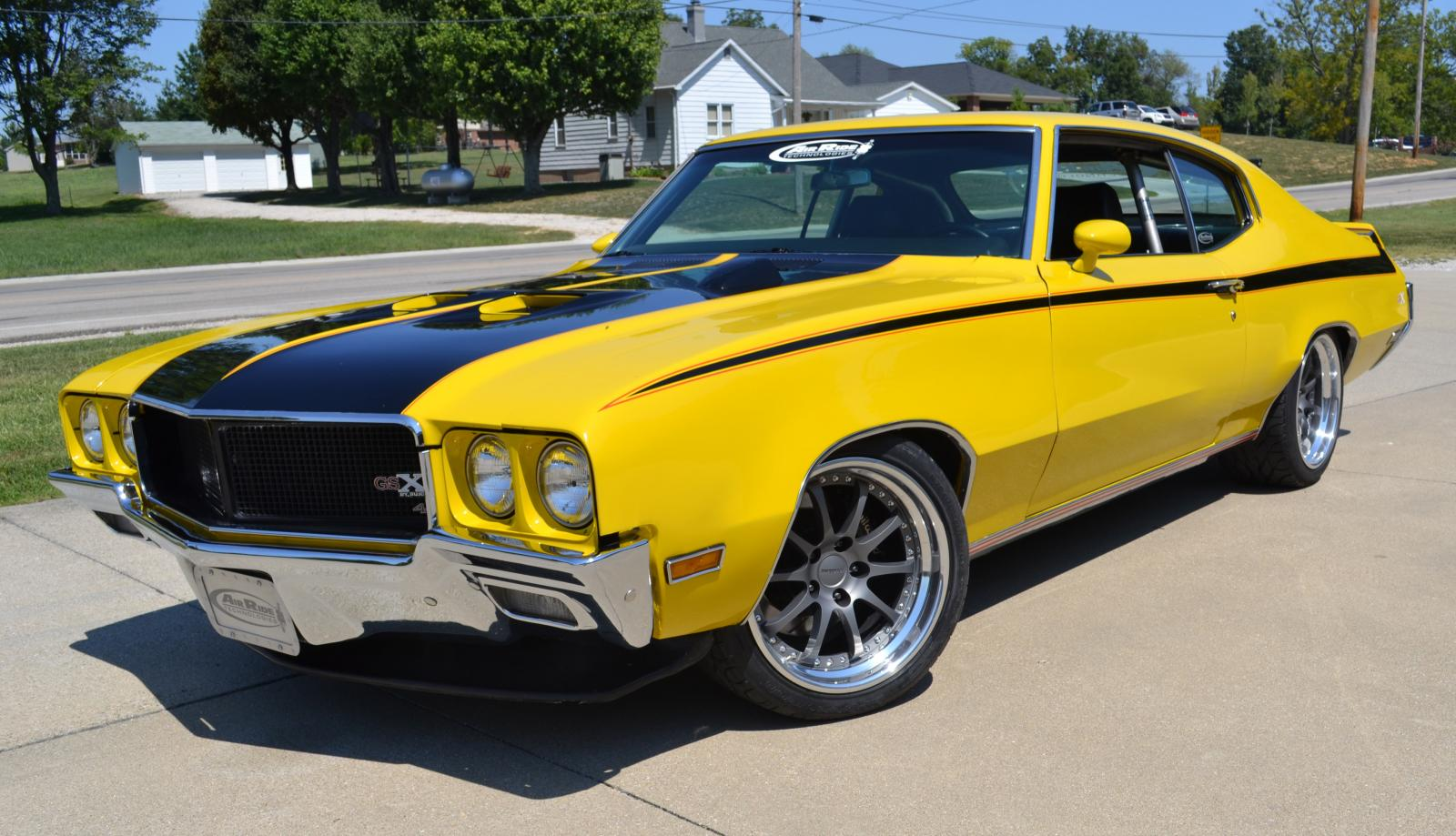 Classic & Muscle Cars Club: 1970 Buick GSX Stage 1