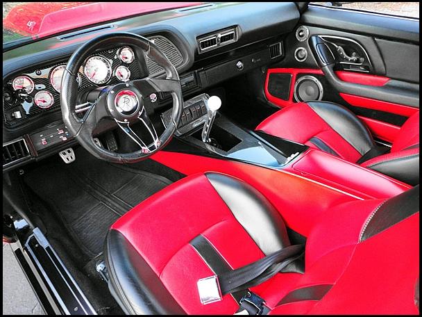 Custom Interior In A 70 Camaro