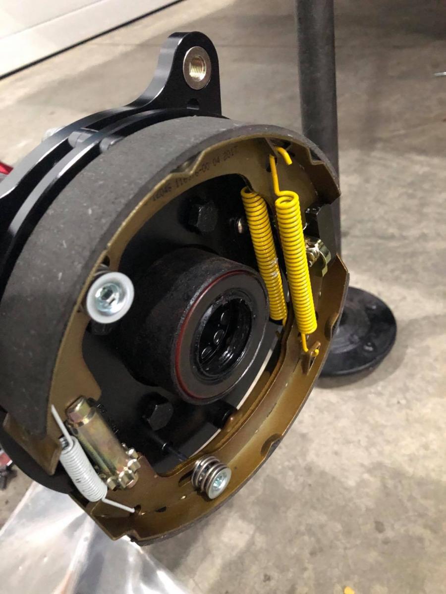 Name:  disc brake drum e-brake.jpg Views: 818 Size:  106.0 KB