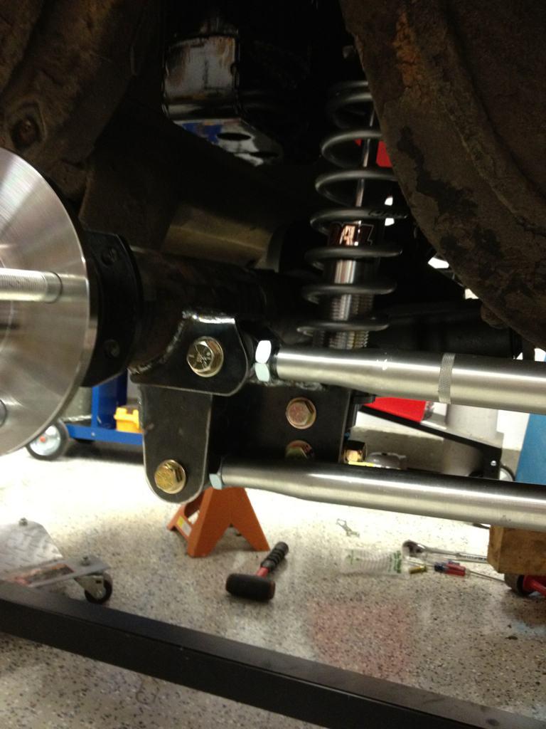 Name:  rear suspension 1.jpg Views: 15277 Size:  82.9 KB