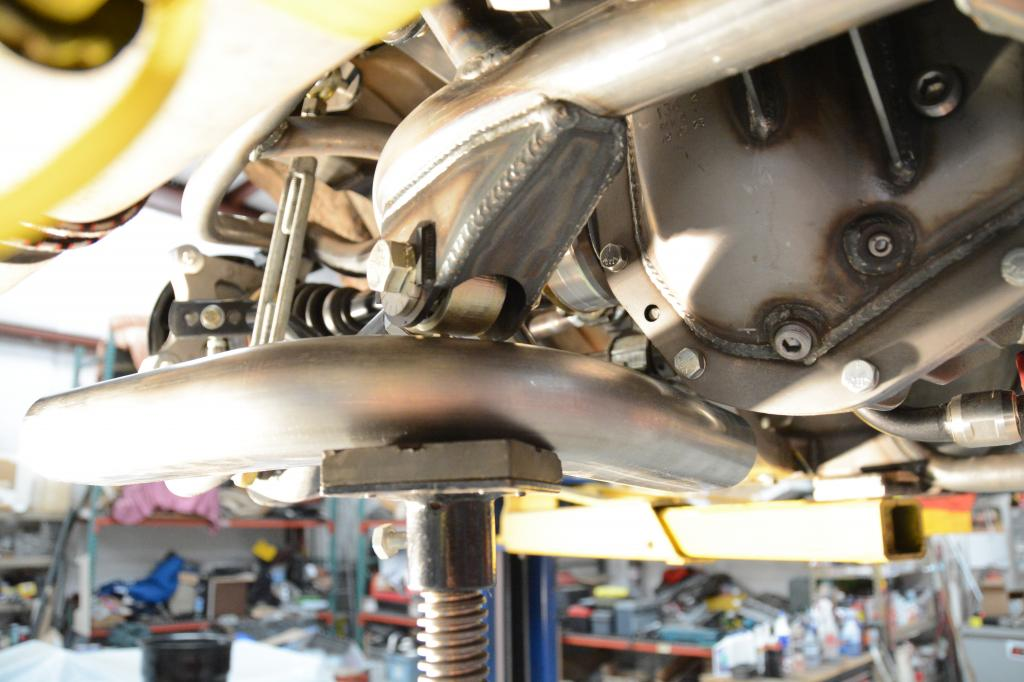 Name:  exhaust left.jpg Views: 1017 Size:  85.6 KB