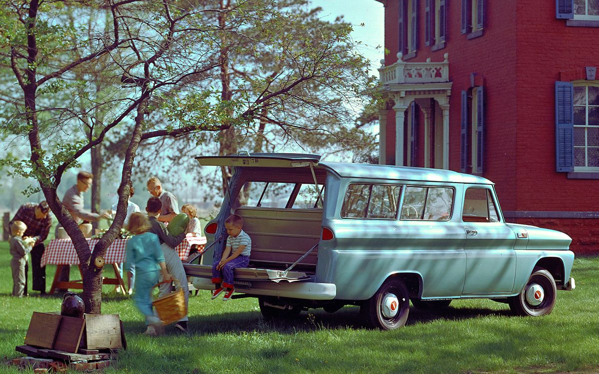 Name:  1965-Chevrolet-Suburban.jpg Views: 533 Size:  274.7 KB