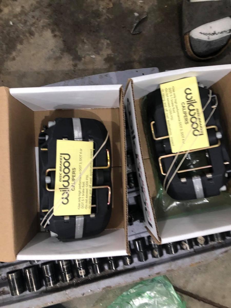 Name:  rear calipers.jpg Views: 825 Size:  113.3 KB