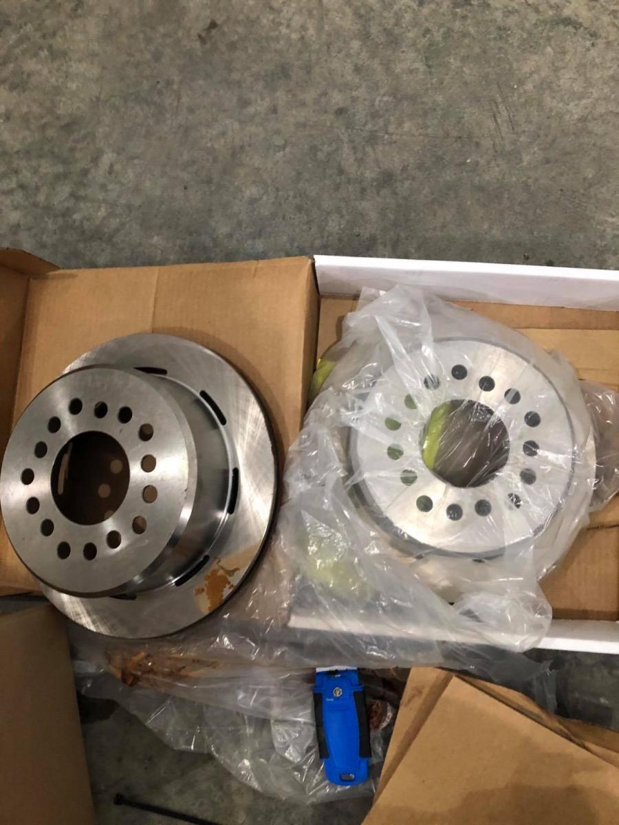 Name:  rear rotors.jpg Views: 821 Size:  114.5 KB