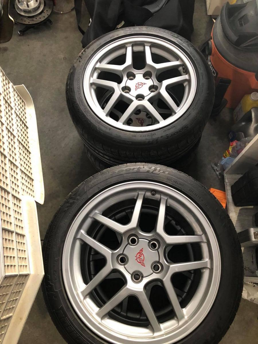Name:  rims and tires .jpg Views: 812 Size:  147.6 KB