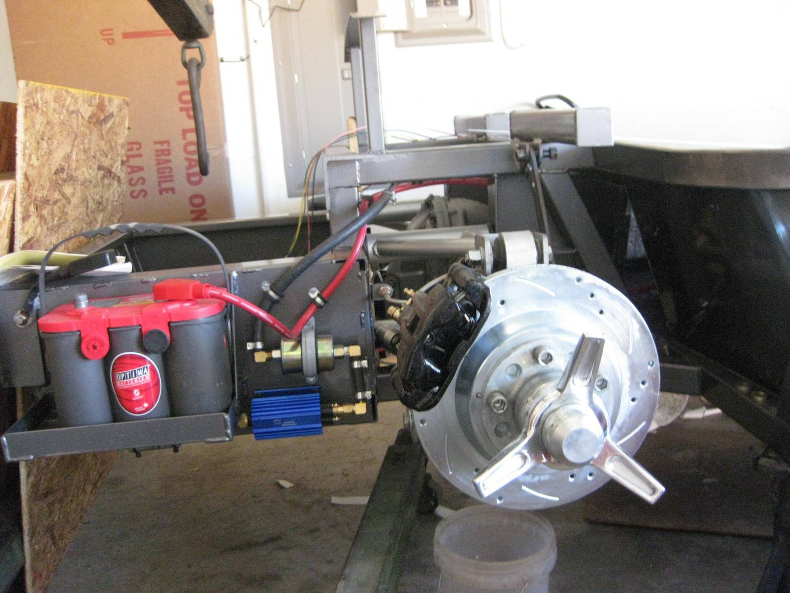 Name:  Rear brakes.jpg Views: 3924 Size:  216.5 KB