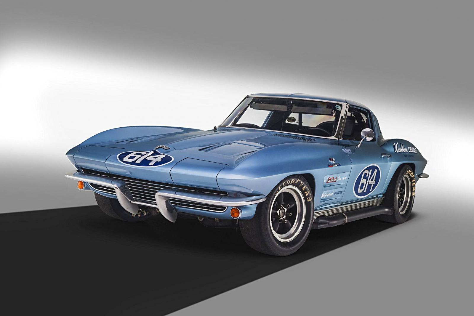 Name:  1963-corvette-z06-big-tank-washburn-edelbrock-001.jpg Views: 939 Size:  112.8 KB
